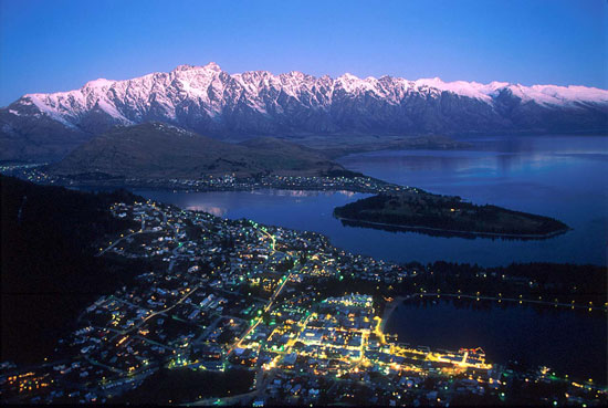 queenstown_night
